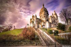 Petit assemblage du soir, la Basilique du Sacré-Coeur de Montmartre photographiée le 21 décembre dernier :)