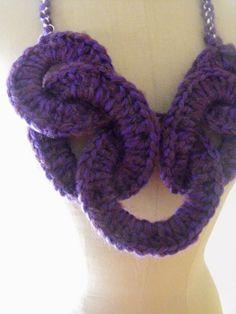 Collana Anelli Lana Crochet Chain Necklace#1-Viola : Collane di gaiasegattini