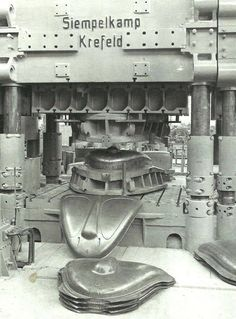 Estampado de tapas de motor de VW typ 14 A Hebmüller