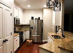 I am totally loving this styling and execution. Impressive motivation if you're interested in recommendations for Painted Granite Countertops, Cheap Countertops, Laminate Countertops, Kitchen Countertops, Granite Paint, Epoxy Countertop, Painting Countertops, Kitchen Redo, Kitchen Remodel