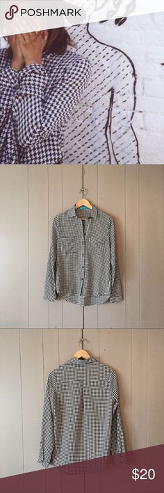 Francesca's Houndstooth Button up Shirt Adorable black & white houndstooth silky feeling shirt in like new condition. No flaws. High-low. 2 front pockets. Convertible/ Roll-tab sleeves. Offers are welcome. Francesca's Collections Tops Button Down Shirts