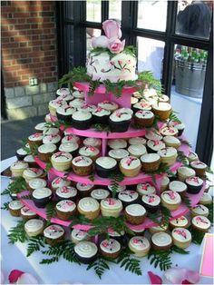 beautiful wedding cupcakes arrangement