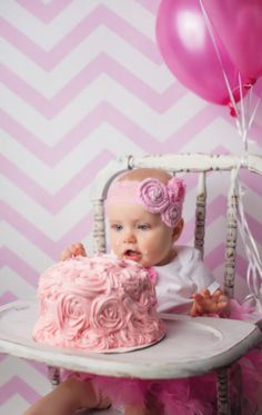 Wakely Birthday shabby chic vintage pic smash cake 1 year old photo shoot Photo By Beth Lee Photography