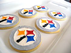 My hubby would love a Steeler cookie!
