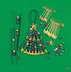 Christmas tree made with safety pins & beads