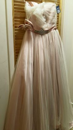 Size 10 Wedding Dress in Dusky Pink at Mind Charity Shop in Harrow
