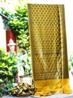 Banarasee/Banarasi Dupion Silk Bootidar Handwoven Sari- Sunkissed Yellow