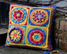 Overlay Cushion,  40x40cm, Yarn: Scheepjes Softfun