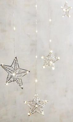 Christmas Decor in Gray / Silver / Hanging Stars Winter Wallpaper, Christmas Wallpaper, Screen Wallpaper, Wallpaper Backgrounds, Iphone Wallpaper, Silver Christmas, Christmas Time, Tout Rose, Hanging Stars