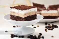 Zapraszam na delikatne ciasto kawowe, pachnące i lekkie jak piórko. W sam raz do popołudniowej kawy.
