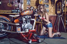 #Motorcycle #garage #pinup