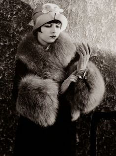 Beautiful Fashion of the 1920s- Actress Louise Brooks in fur, c. 1920s.