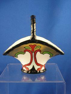 """Delinieres & Co. (D&Co.) Limoges Arts & Crafts Porcelain Basket/Vase (Signed """"E.R.Y""""/Dated 1915)"""