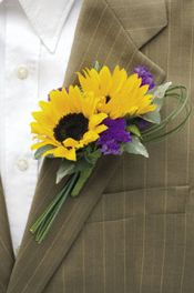 Sunflower boutonniere with purple flowers. not overly sure if we would have this exact boutonniere but i just adore sunflowers (Fav flower). so sunflower boutonniere is something i am strongly liking T&F Sunflower Boutonniere, Sunflower Bouquets, Sunflower Corsage, Yellow Boutonniere, Lavender Boutonniere, Silk Flower Bouquets, Purple Wedding, Trendy Wedding, Dream Wedding