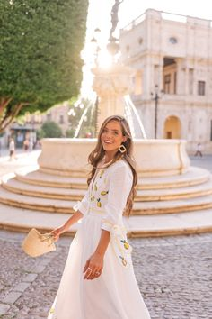Lemon Print For Dinner in Seville | Gal Meets Glam