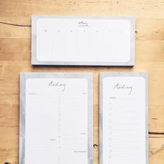 #kgostationery: Time to dive in and get December sorted! Presents to buy dinners and catch ups to organise hugs to be given to friends and family and so much more. I love the silly season and the magical feeling of this time of year. Find these planners down at @cmmngrnd Fremantle
