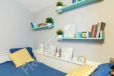#kids #room #interiordesign #colors #madetomeasure #furniture #frontedesign Floating Shelves, Superstar, Kids Room, Interior Design, Colors, Furniture, Home Decor, Design Interiors, Homemade Home Decor