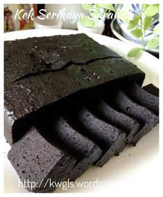 Sarawak midnight cake - steamed brownie I have decided to prepare this cake this afternoon as I craved for this cake… I don't usually prepare this cake because it is addictive, rather costly and time consu...