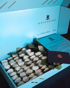 Yes, the box of #roses is gorgeous. It is the moment that is the most intriguing ... #Roseshire