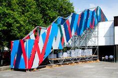 6_treppe-LAL_6750 Raumlabor Exhibition Plan, Exhibition Stand Design, Temporary Architecture, Landscape Architecture, Urban Intervention, Big Mountain, Scaffolding, Light Installation, Fabric Decor