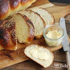 Challah | Bake to the roots - nicht ganz so süßer Hefezopf aus Hefeteig, Honig, Öl und Wasser statt Zucker, Butter und Milch