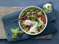 Omelett mit Hähnchen-Gemüse-Füllung Rezept | EAT SMARTER