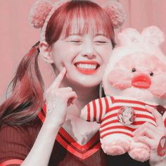 Chuu Loona, Soft Wallpaper, Drama Korea, Girl Bands, Kim Jennie, Softies, K Idols, Kpop Girls, Cute Girls