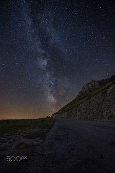 © Forca di Presta by Giacomo Fioretti on 500px..... #sky #landscape #mountains #nature #night #italy #road #rocks #stars #landscapes #italia #longexposure #cielo #strada #milkyway #astrophotography