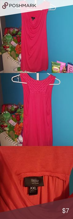 MOSSIMO DRAPE NECK TANK Euc pretty tank Mossimo Supply Co Tops Tank Tops