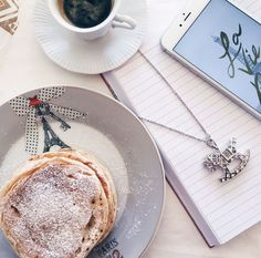 Breakfast and Rosato! Pic by @larissagamba