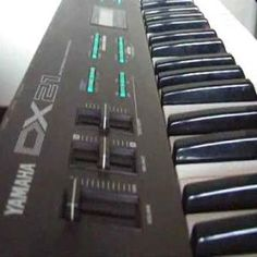 Yamaha DX 21--the DX 7 Lite.