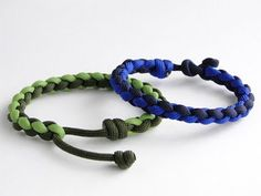 Make a Rainbow Colored Paracord Survival Bracelet with Buckle - BoredParacord - YouTube