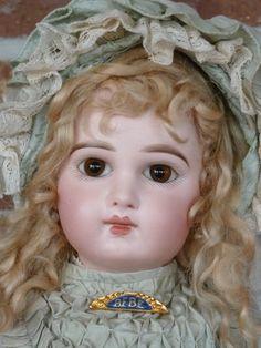 Antique Dolls - Doll Shops United - Lofall's Dolls - #dollshopsunited