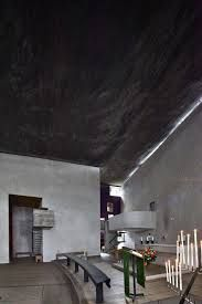 Notre Dame du Haut a excellent piece of architecture #architecture #architect #projectdesign #homeinterior #homedesign #homeinteriordesign #interiordesignideas #roominteriordesign #houseinteriordesign #housedesign #interiordesigner