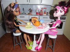 Como fazer uma mesa redonda para boneca Monster High, Pullip, Barbie e etc