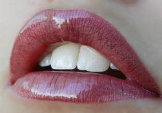 1 layer Strawberry Shortcake #LipSense, 1 layer Napa LipSense, 1 layer Pink Champagne LipSense, topped with Orchid Gloss