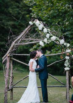 Rustic Story, Indiana wedding: Ricci & Isaac | 100 Layer Cake | Bloglovin'