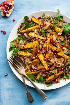 Indian-Spiced Parsnip & Lentil Salad - a warmly spiced and nourishing salad, perfect for chilly days when you're craving something lighter yet still satisfying | http://eatloveeats.com