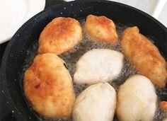 CĂUTARE Cornbread, Hamburger, Pizza, Cheese, Cooking, Ethnic Recipes, Drinks, Pie, Brot