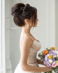 Elegant updo wedding hairstyles | fabmood.com #weddinghair #hairstyles #updo #upstyle #bridalhair #hairideas
