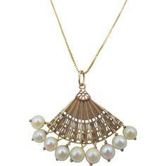Vintage 14k Gold Pierced Fan Cultured Pearl Pendant Necklace
