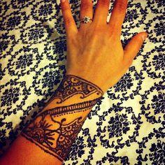 #henna #cuff #tattoo #mehndi