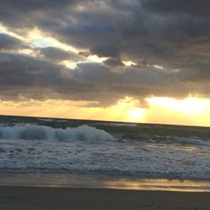 Hello you Beautiful Soul - Make every moment count.   The power of little things...  Watch today's Azul Yoga in Boca periscope broadcast- at sunrise on the beach. https://www.periscope.tv/w/aZcBnzFNV0V3d3FlZE1FYll8MURYR3l6b1JhZHlKTalWhx1oBB_JF2JyBaDaMFy4R5qZt0eWWtqOkn6rAMAA  #blessingsinblue #sunrise #meditation #yoga #intotheblue #iamhere #beherenow #AzulYoga #goldilocksblog #ocean #beach #soul #surf  #beachyoga  #thebeachtoday #goodmorning #mindfulness   #inspire #supersoul #beautifulsoul
