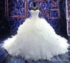 2016 Luxe Broderie Robe De Bal Robe De Mariée Vintage Chérie Organza Volants Robe De Noiva Custom Made Robes De Mariage Beautiful Wedding Gowns Bridal Gown Designers From Iathena, $135.68| Dhgate.Com