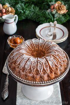 Olivas en la cocina: Bundt cake de castañas con Salsa de chocolate