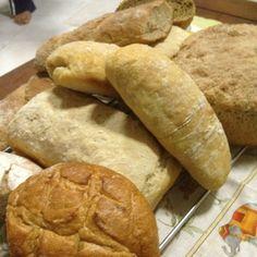 Breads! Breads! Breads!