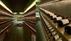 A adega Artisan Cellars, de Singapura, vende e representa pequenos fabricantes de vinho de todo o mundo. Sobriedade e sofisticação são sinônimos da marca, e isso é transmitido pelo projeto do espaç…