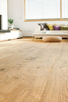 Do you enjoy holidays that are more off the beaten track and would like to renovate your chalet in the mountains for the new season? Our parquet floors in natural shades show what can be done here too. Whether Longstrip or Plank 1-Strip, our #brushedparquet creates an especially rustic effect in log cabins. Once the floor has been installed and oiled, all you need to do is settle down in front of your cosy fire.  #naturalshades #cosy #modernliving #rusticeffect #naturaloak #blondoak #modern Engineered Timber Flooring, Parquet Flooring, Floors, Moodboard Inspiration, Log Cabins, Plank, Shag Rug, Cosy, New Zealand