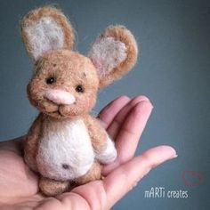 'small gifts' : Bookmarks - sewn from up-cycled jeans and fabric scraps. Needle Felted Animals, Felt Animals, Felt Crafts, Fabric Crafts, Wonder Zoo, Baby Boutique Clothing, Felt Bunny, Needle Felting Tutorials, Hamster