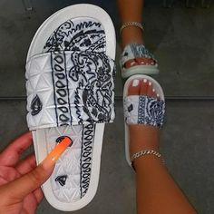 Cool Bandanas, Mint Tie, Cork Sandals, Women's Sandals, Stylish Sandals, Quilt Material, Beach Shoes, Boho Shoes, Shoes Style